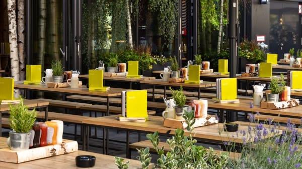 HANS IM GLÜCK Burgergrill & Bar - München GIESING, Munich