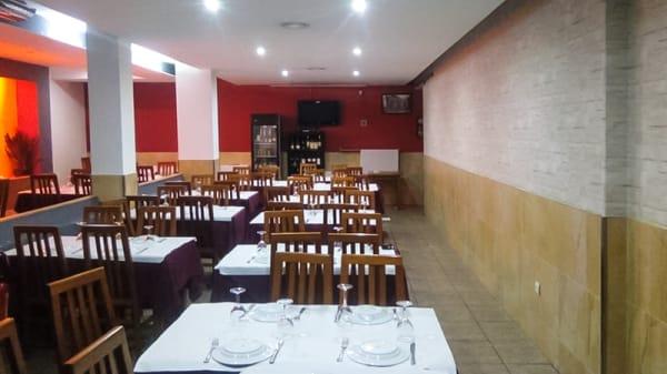 Sala do restaurante - Cozinha da Velha, Fafe