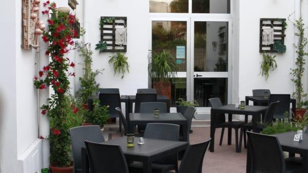 Esterno - Krivé Risto Pub, Matino