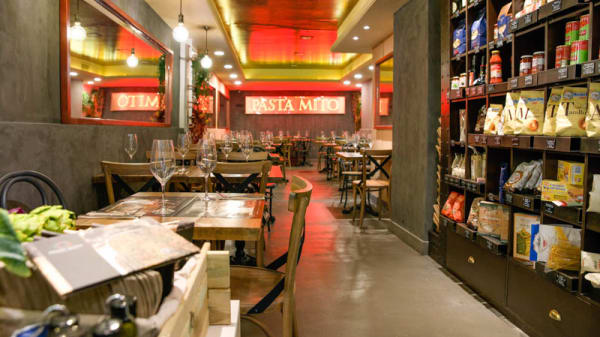 Sala - Pasta Mito - Alburquerque, Madrid
