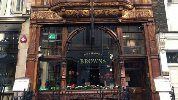 Restaurant's front - Browns Brasserie & Bar - Mayfair, London