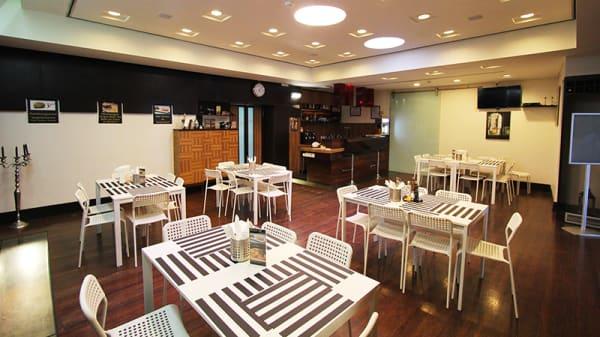 Sala - Meats - Burguer & Steak House, Alcabideche