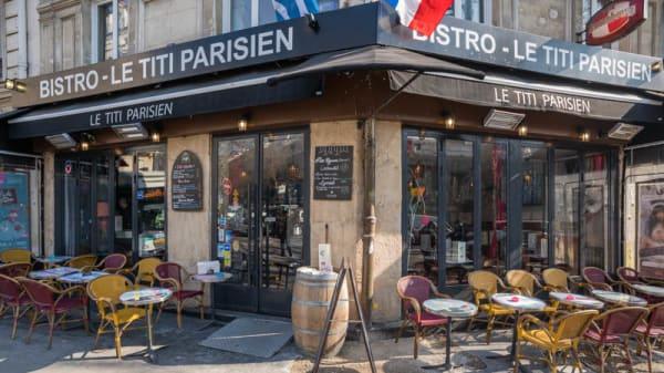 Façade - Le Titi Parisien, Paris