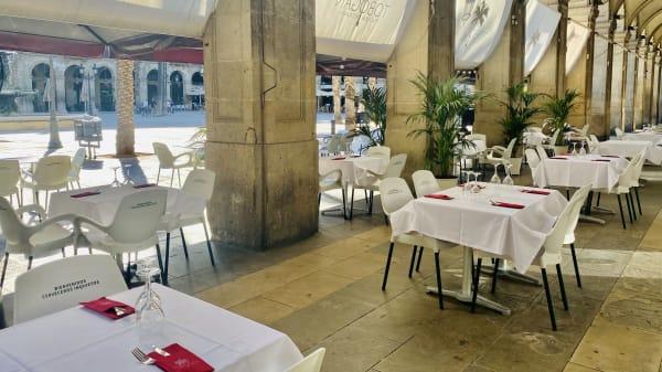 """Restaurante Tobogán """"La Gallega de Plaza Real"""", Barcelona"""