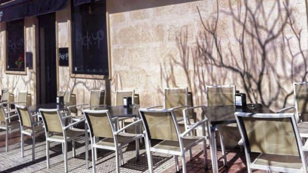 fachada - Pick Up, Alcorcón