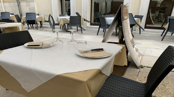 Esterno - ReDò, Bari