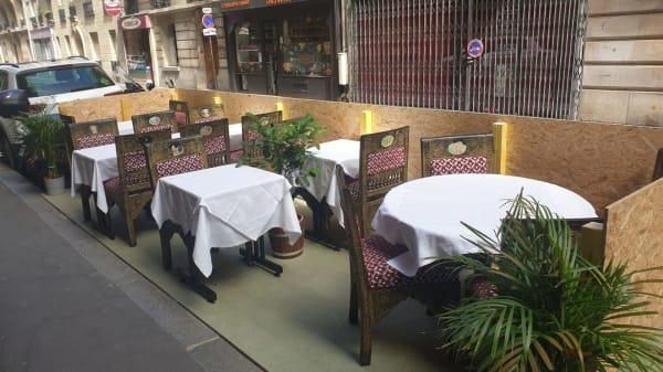 Terrasse  ouverte pour l'ete - Chez Vandan, Paris