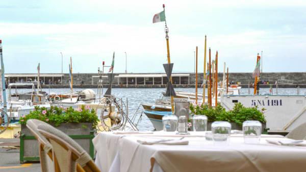 Tables sea view - Ristorante L'Approdo, Capri