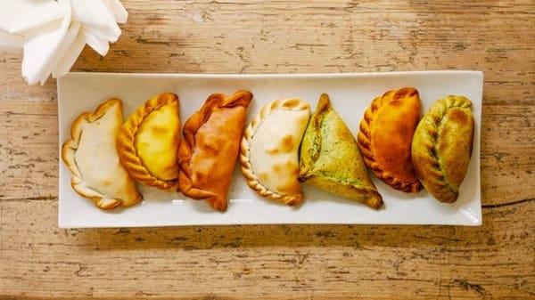 Lo Chef Consiglia - Caminito - Empanadas Argentinas, Firenze