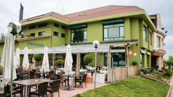 exterior - Latores, Abuli