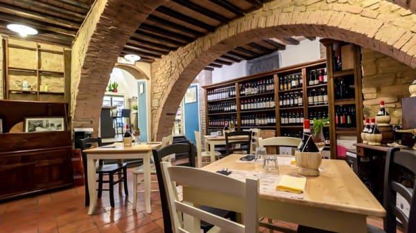Veduta dell interno - Borghi dal 1949, Volterra
