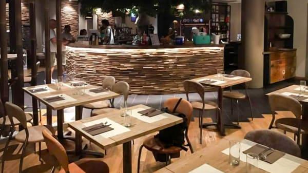 Sala - Nimeta Lounge Bar & Restaurant, Colombaro