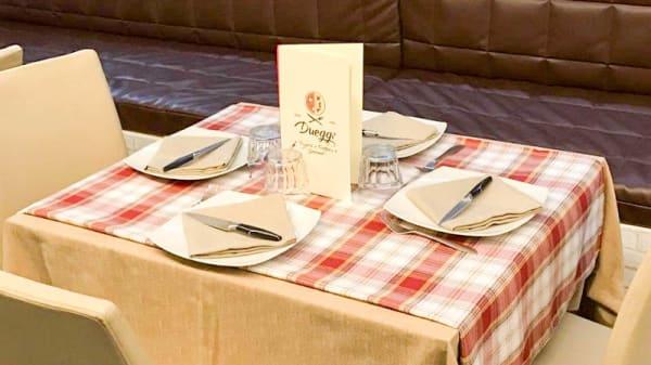 Salone ristorante - Dueggi Pizzeria & Trattoria Gourmet, Pollena Trocchia