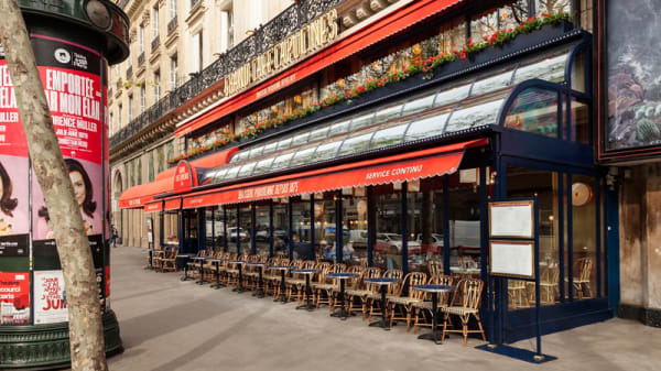 Devanture - Grand Café Capucines, Paris