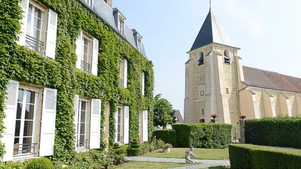 Aperçu de l'extérieur - Château de Sancy, Sancy