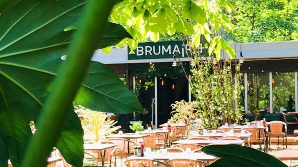 exterieur - Brumaire, Saint-Cloud