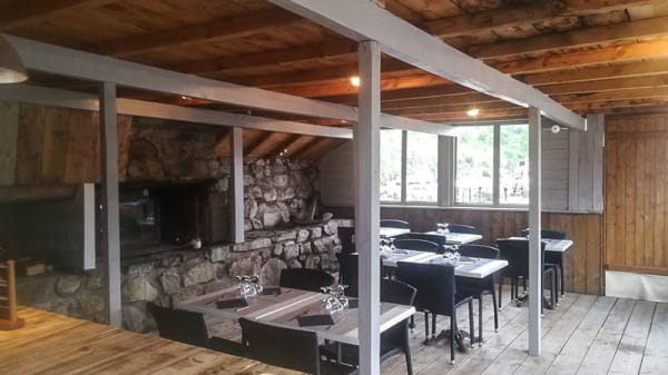 Salle du restaurant - L'Asgard, Font-Romeu-Odeillo-Via
