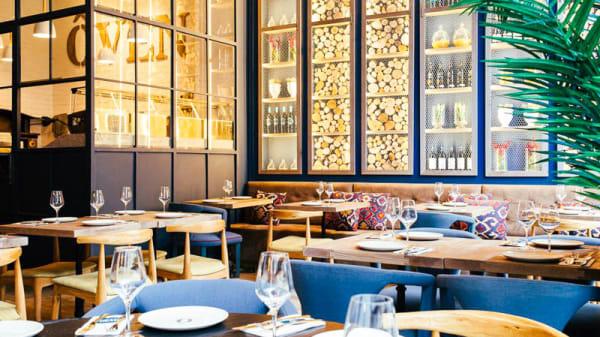 Vista de la sala - Oven Mozzarella Bar - Gran Vía, Madrid