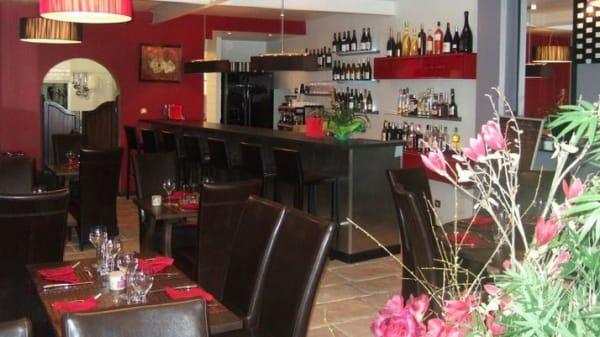 Salle - Lauret's, Bagnols-sur-Cèze