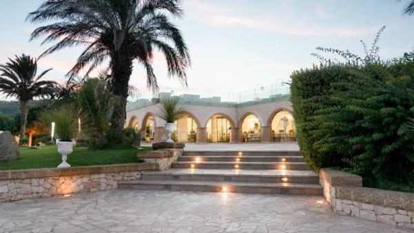 Entrata - Augustus Resort- Restaurant, Santa Cesarea Terme