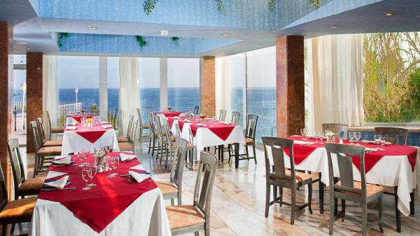 Vista da sala - Raj Indian Restaurant, Armação de Pêra