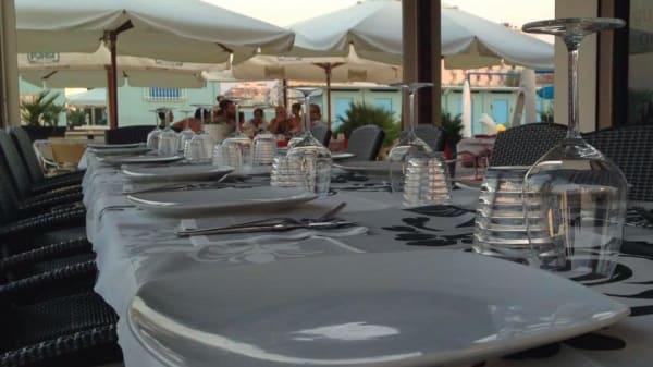 Ristorante Maina Beach, Rimini