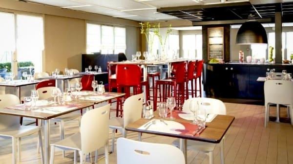 """Vue de la salle - """"Le restaurant"""" Campanile Nevers - Varennes-Vauzelles"""