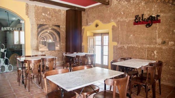Vista sala - El Lagar, La Solana