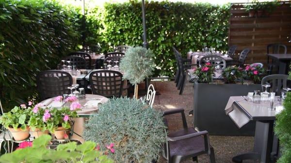 Terrasse - Café Fontaine, Soral