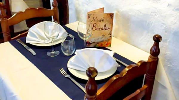 decoración de la mesa - RESTAURANTE PORTUGUES DON SOL, Talavera De La Reina