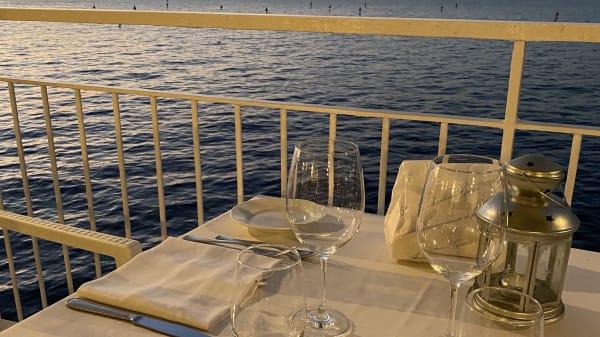 tavolo vista mare - Terrazza Miràl, Sorrento