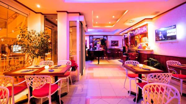 Dining - Caffè dei Fiori - CIBO DRINKS & AMICI, Cecina