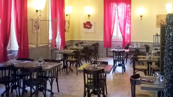 Salle de restaurant - Auberge du Cheval Blanc, Allassac