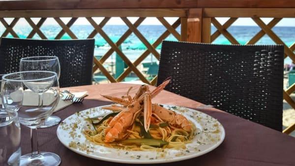 piatto di pesce in terrazza - Ulivo Bianco - Fish Restaurant, Gallipoli