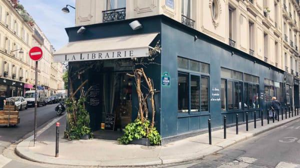 Façade - La Librairie, Paris