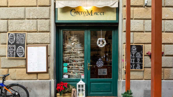 Entratta - Canto de' Macci, Firenze