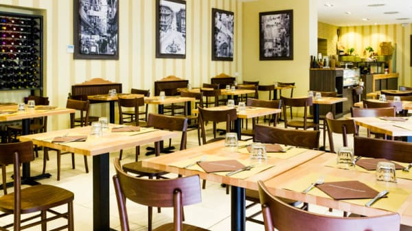 La sala - Solo Pizza Cafè, Milan