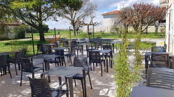Vue de la terrasse - Capodimonte, Villeneuve-Tolosane