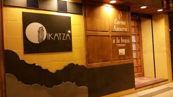 Vista entrada - Asador Ikatza, Pamplona