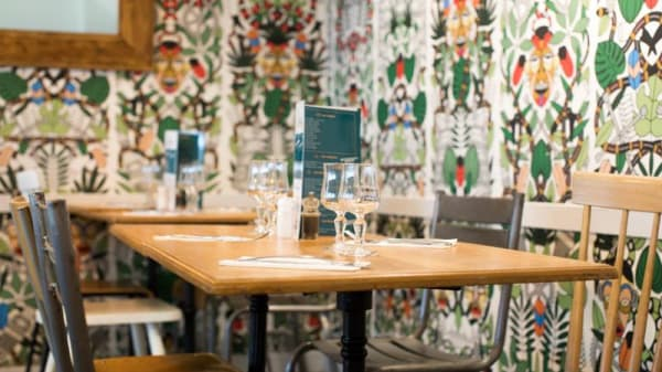 Tables dressées - Polette Clichy, Clichy