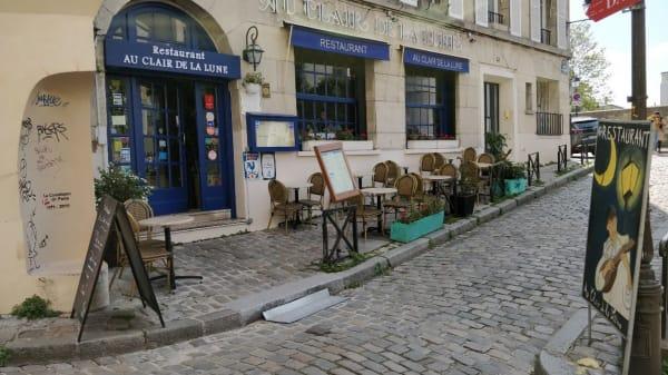 Au Clair de la lune, Paris