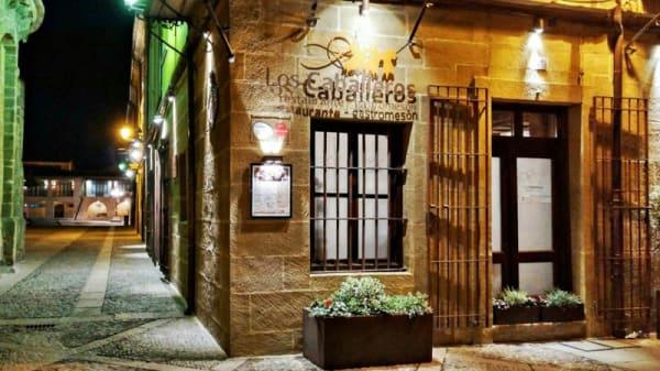 Entrada - Los Caballeros, Santo Domingo De La Calzada