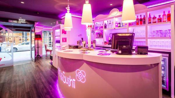 Vista de la sala - Miss Sushi Oviedo, Oviedo