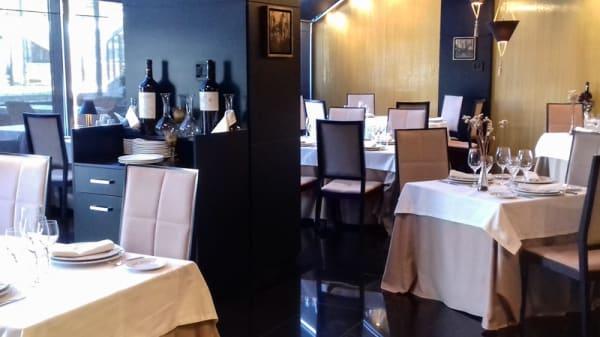Sala - Oro negro - Hotel Nelva, Murcia