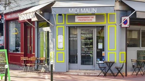 Entrée - Midi Malin, Levallois-Perret