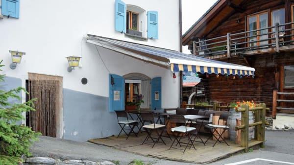Façade - Carrefour Bruson, Bagnes