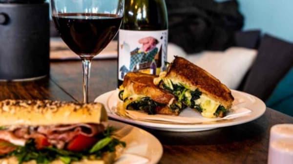 Chapter One Café & Wine Room., Bondi Beach (NSW)