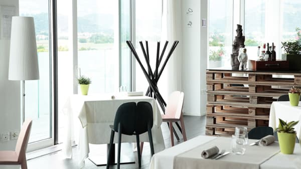 Sala panoramica - Momi Restaurant, Nove