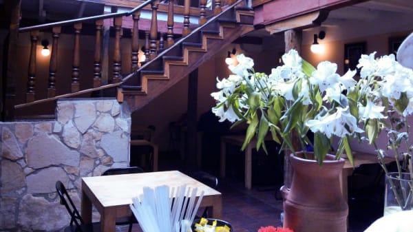 Vista de la sala - La Cocina de Sus Mercedes, Bogotá