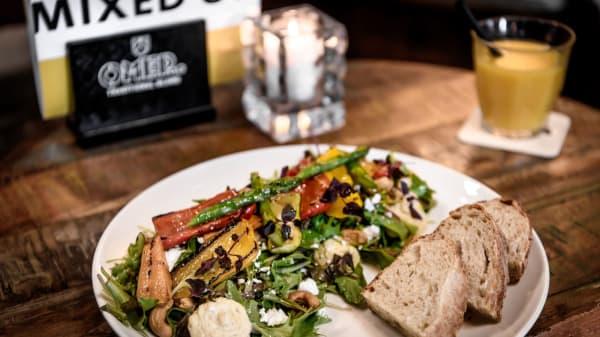 Salade gegrilde groente - Baek Food & Drinks, Rotterdam